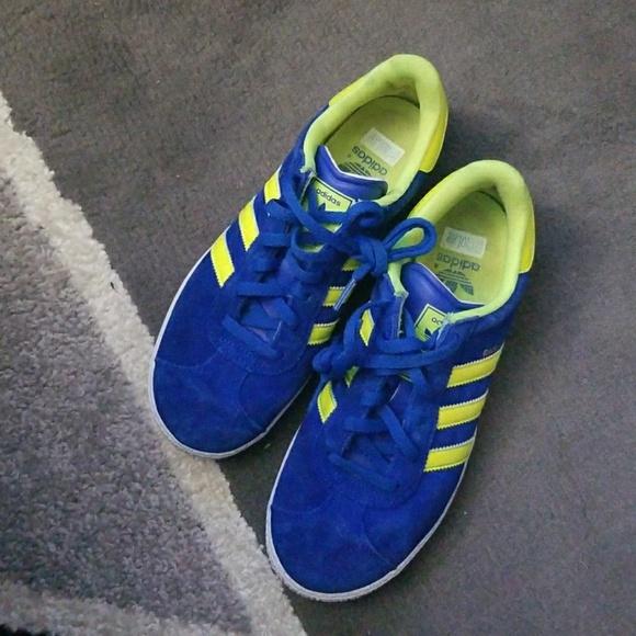 Adidas Gazelle Kids grade school size 7